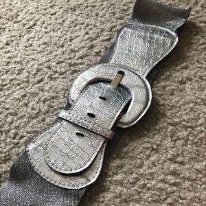 Glam belt